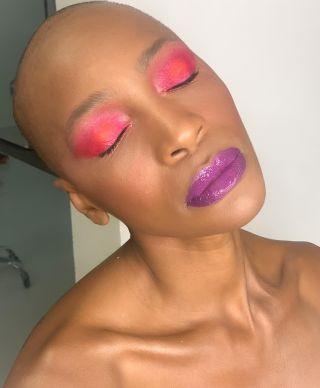 - BACKSTAGE -  Workshop @nathsakuraofficial  Coiffure @christophepujol  Modele @moh_dia  Makeup @manonmakeupartist  #shoot #workshop #montpellier #makeup #maquillage #mup #pinkmakeup #purplelips #lipstick  #blackmakeup #hairstyle #studio #glow #glowymakeup #art #artmakeup #model #modeling #backstage #beauty #beautymakeup
