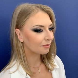 -DÉMO - Maquillage à l'occasion d'une formation donnée.  #makeup #formation #maquillage #blackmakeup #blackmakeuptutorial #blueeyes #montpellier #mua #maquilleusemontpellier #studio #eyebrows #beauty #modeling