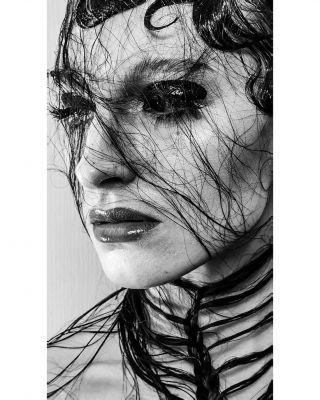 -WORKSHOP-  Modèle @aurore.istria  Photo&hair @christophepujol  Makeup @manonmakeupartist  Workshop @nathsakuraofficial @mryoppick @studiophotob612  #studio #modeling #hairstyle #makeup #gloss #glossmakeup #dark #wetmakeup #shooting #workshop #photography #maccosmetics #makeupforever #narscosmetics #maquilleusemontpellier #montpellier #mua #mup
