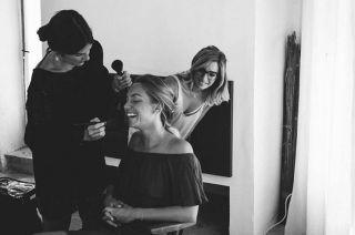 - WEDDING -  @hameaudevalouse @_dallk_  #spray #spraytime #fixit #makeup #makeuptime #maquillage #maquilleusemontpellier #mariage #maquillagemariage #weddingmakeup #beforewedding #beauty #photography #bride #bridalmakeup
