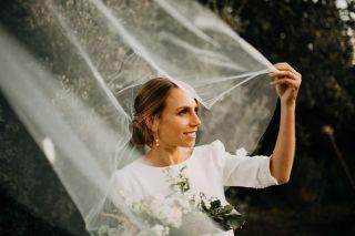 - WEDDING -  Avec @coralielescieux @marioncarpentiercoiffure @camillerecolin @atelierrosaalba @domaine_sainte_colombe @lizeronparis  #wed #wedding #bride #bridal #makeup #mup #maquillage #weddingmakeup #bridalmakeup #weddingdress #beauty #southoffrance #france #domainesaintecolombe #camargue #south #summer #photography #nude #naturalmakeup