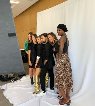 - BACKSTAGE -  Shooting & itv pour @bleulibelluleofficiel avec @neupap_photography @julien_seremet @dpbagency @arianebrodier @amyseng.studio @sabrinacsari @nicolasdenoun @lilylovesfashion @manuecureau @domainedeverchant_official  #bleulibellule #makeup #maquillage #backstage #shooting #itv #interview #mufe #mup #mua #montpellier #maquilleuse #france #pub #influenceuse #instagram