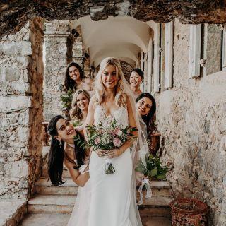 - WEDDING -  Maquillage de la sublime Vanessa et ses bridemaids 🤍  Wedding Planner : @seabrideandsun  Photographe : @yorisphotographer  Lieu : @ledomainedurey  Traiteur : @maison_nans  Décoration : @okissweddingdesign  DJ : @33tours.dj  Mobilier et tente : @oravis_location_decoration  Bannière d'accueil et menu : @cremedepapier  Videaste : @rohman_wedding_story  Robe : @pronovias  Maquillage : Manon Amiel Coiffure : @mariemouttetcoiffure  #makeup #wedding #beforewedding #bride #bridemaid #bridetobe #maquillage #mua #mup #bridemaidsdress #bridal #weddingdress #weddingmakeup #mariage #beauty #happyday #weddinghair #mariee #montpellier #nimes #domainedurey #weddingphotography