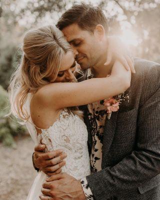 - WEDDING -  Wedding Planner : @seabrideandsun  Photographe : @yorisphotographer  Lieu : @ledomainedurey  Traiteur : @maison_nans  Décoration : @okissweddingdesign  DJ : @33tours.dj  Mobilier et tente : @oravis_location_decoration  Bannière d'accueil et menu : @cremedepapier  Videaste : @rohman_wedding_story  Robe : @pronovias  Maquillage : Manon Amiel Coiffure : @mariemouttetcoiffure  #makeup #wedding #beforewedding #bride #bridemaid #bridetobe #maquillage #mua #mup #bridemaidsdress #bridal #weddingdress #weddingmakeup #mariage #beauty #happyday #weddinghair #mariee #montpellier #nimes #domainedurey #weddingphotography